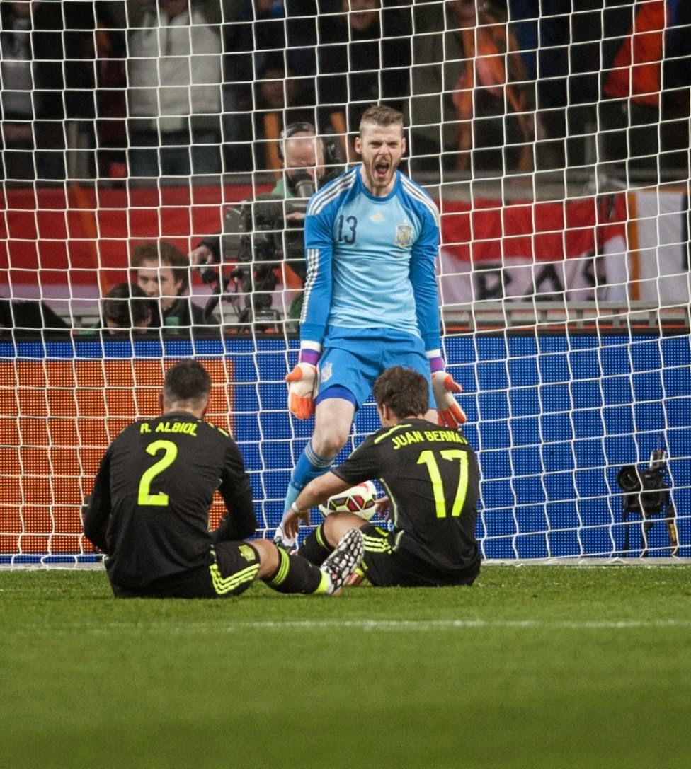 spanish football team vs holland 2015