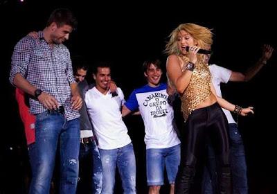 Shakira y los jugadores del Barcelona
