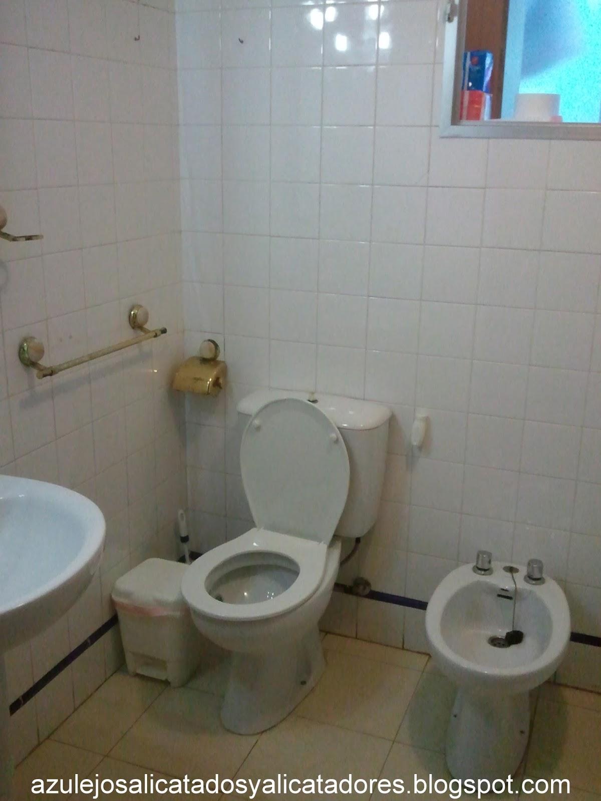Reformar bao sin quitar azulejos free reformar la cocina - Cambiar suelo cocina sin quitar muebles ...
