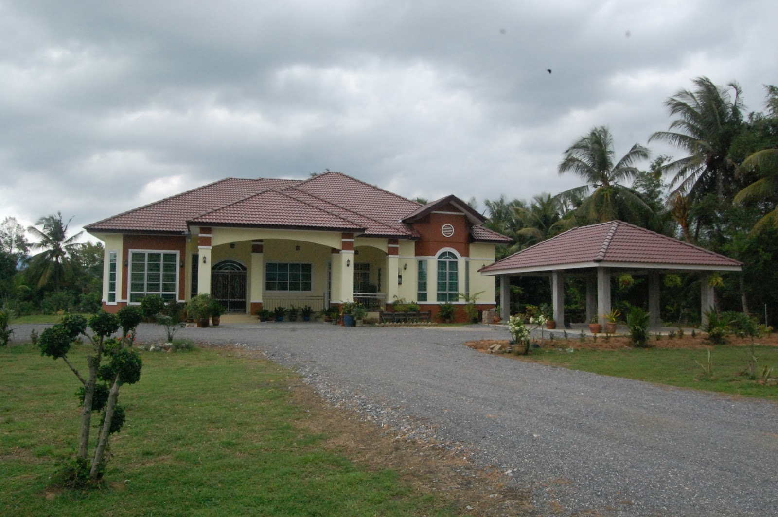 Free Download Contohcontoh Pelan Rumah Bungalow House Design And ...