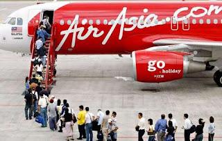 Lowongan Kerja 2013 Terbaru PT. Indonesia AirAsia Untuk Lulusan D3 Semua Jurusan Posisi Training Admin