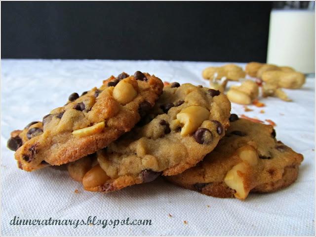 chocolate chunk peanut cookies, biscotti con arachidi