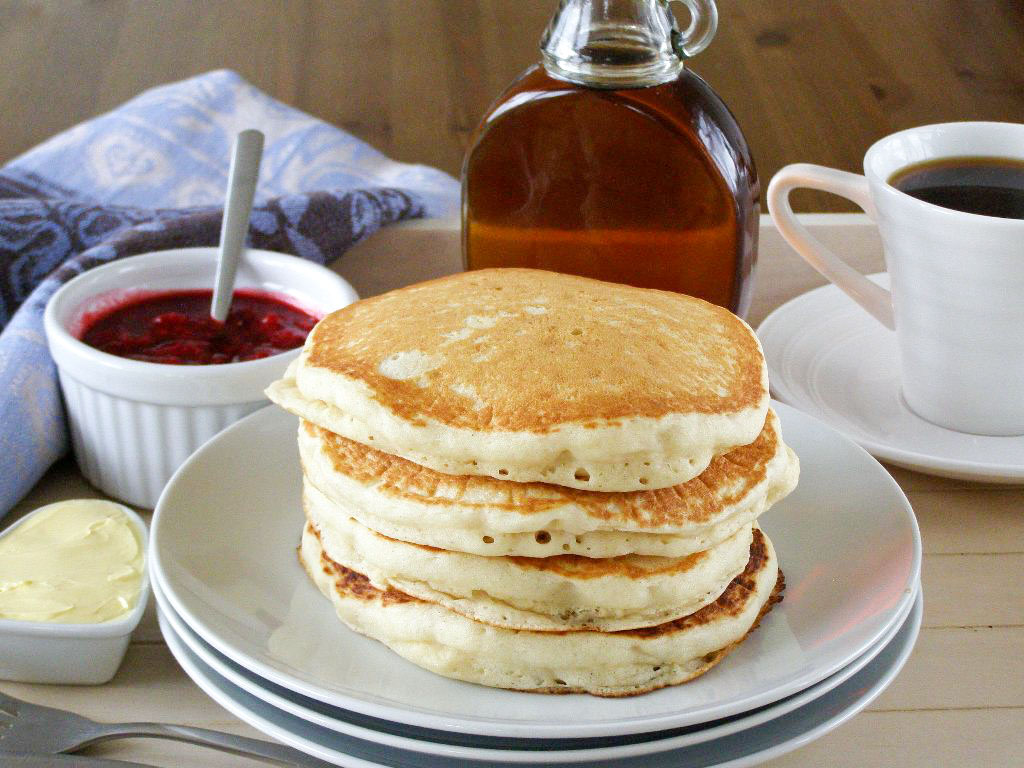 Fluffy Pancake Recipe | Fluffy Pancakes Recipe