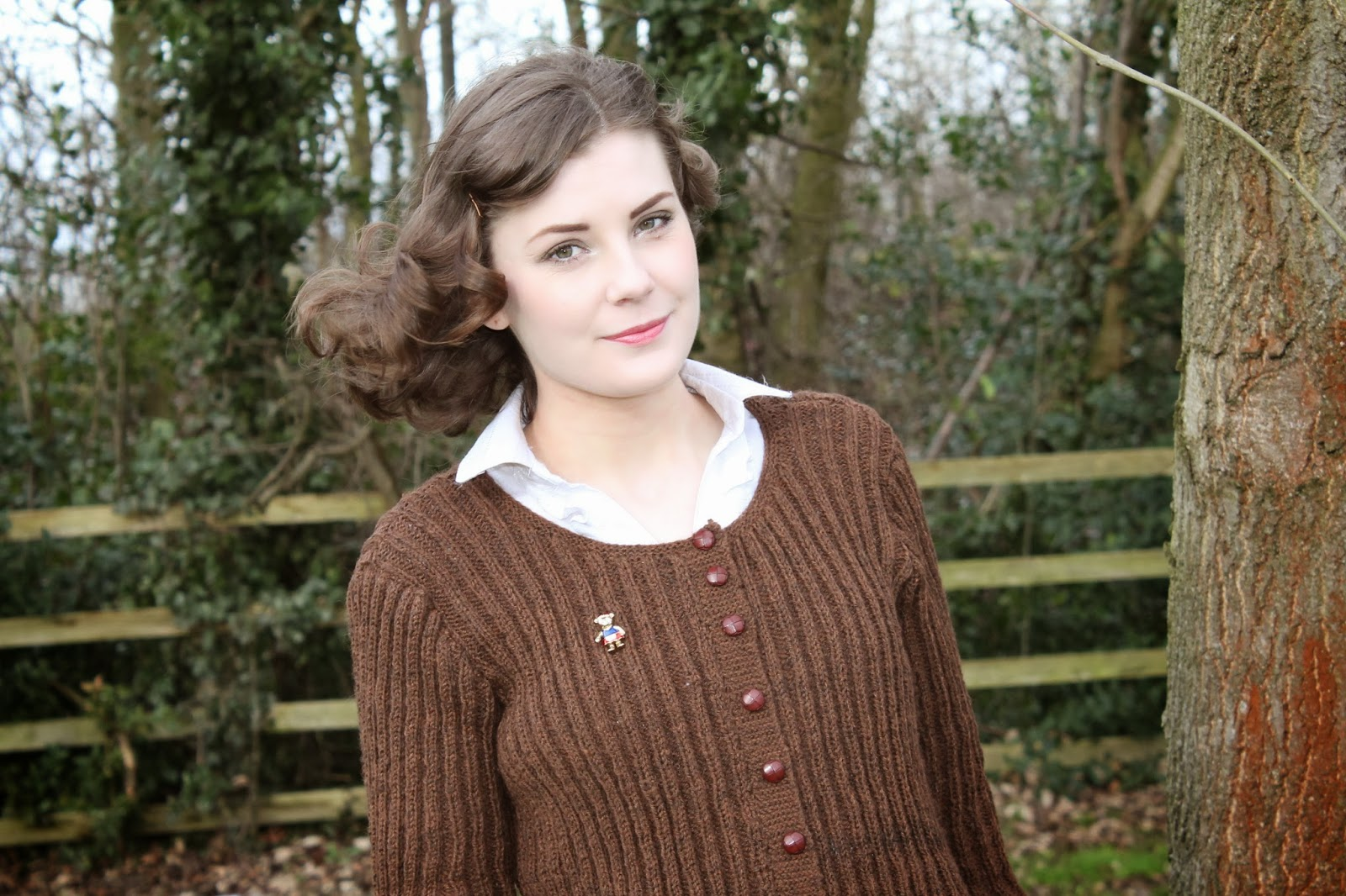 knit for victory cardigan via lovebirds vintage