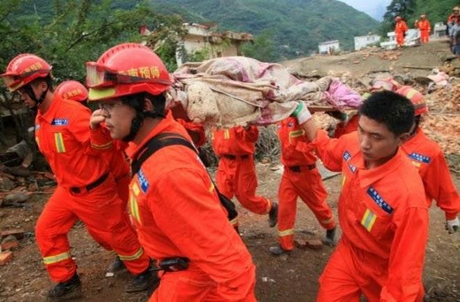 5 MUERTOS Y MAS DE 50 HERIDOS DEJO DEVASTADOR TERREMOTO EN CHINA