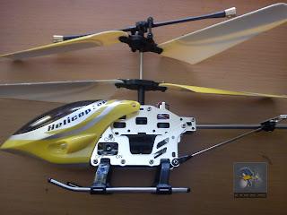Carga tu helicoptero a RC con un transformador de Nokia.