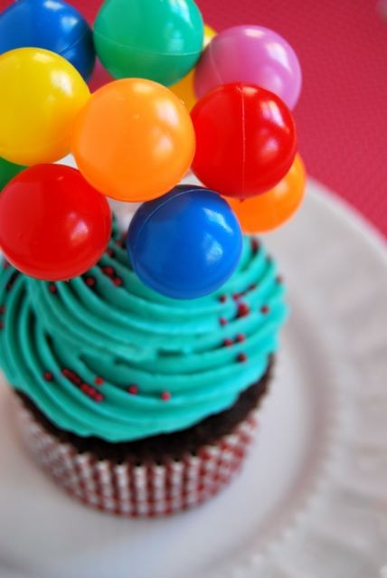 Balloon Cupcake Toppers1