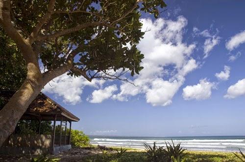 Keindahan Pantai Trianggulasi.