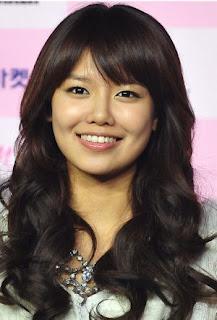 Korean Girl Hairstyles 2012