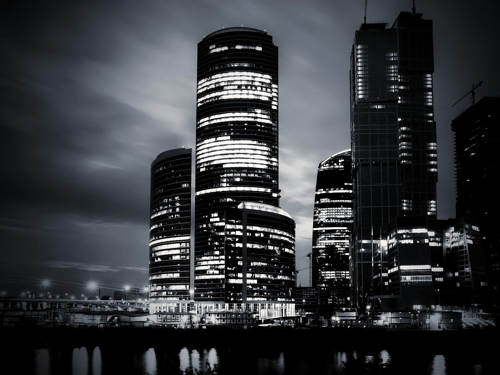 black and white city night wallpaper | inkbluesky