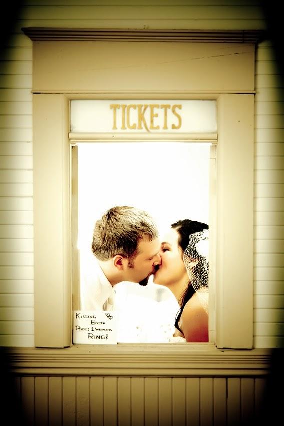 ¿Sabes que es un Kiss booth? No dudes en echar un vistazo a estas imágenes