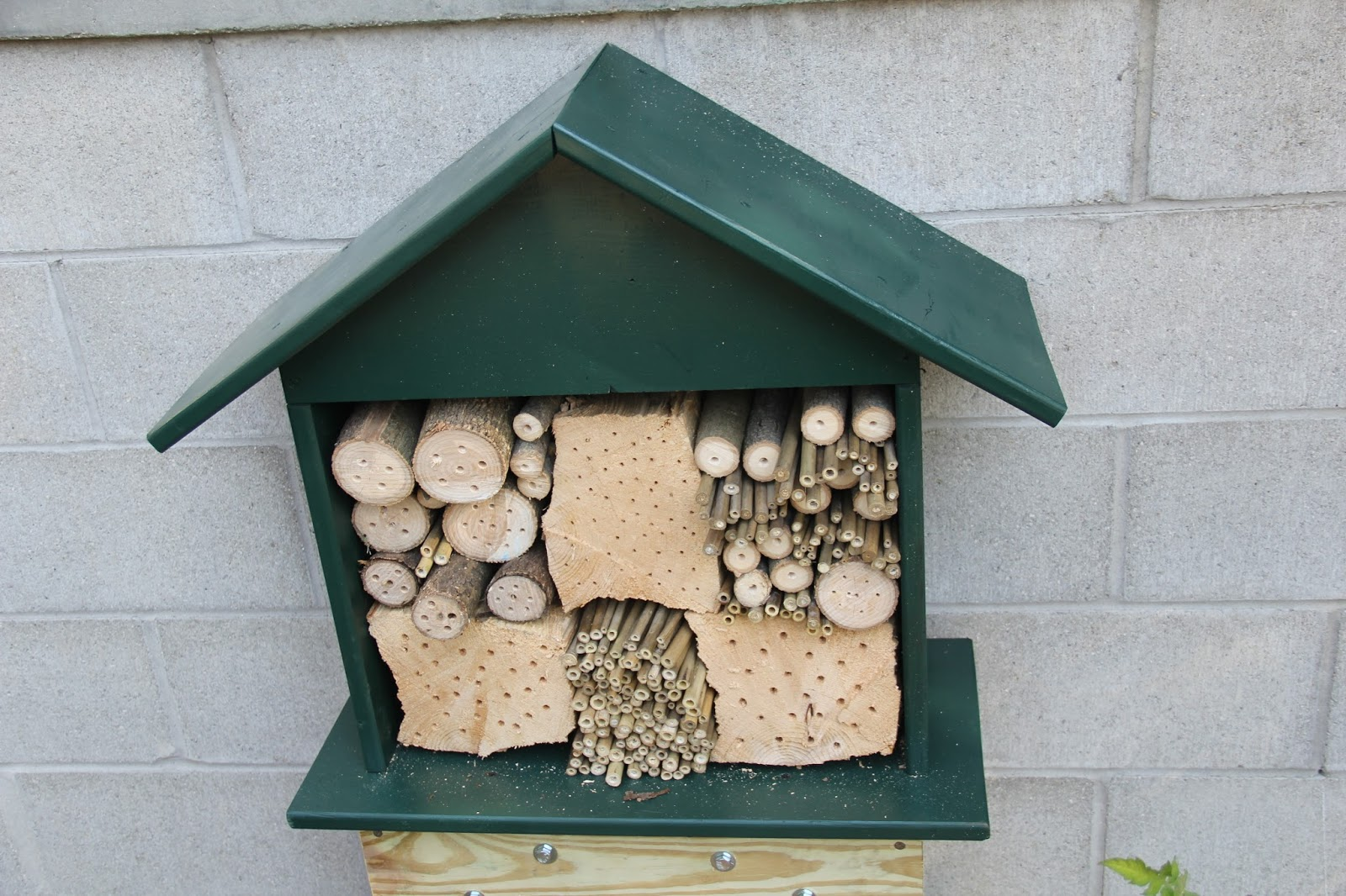 Bee Nesting Box Made From Almost All Scrap Leftover And Recycled Material