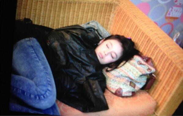 Foto Cantik NABILAH JKT48 Tidur