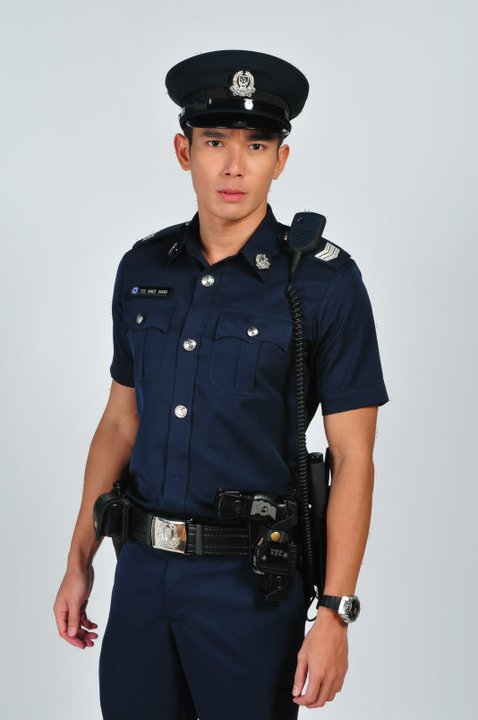 ELVIN NG in his police get-up :D~