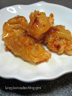 banana-pieces-fried-in-batter