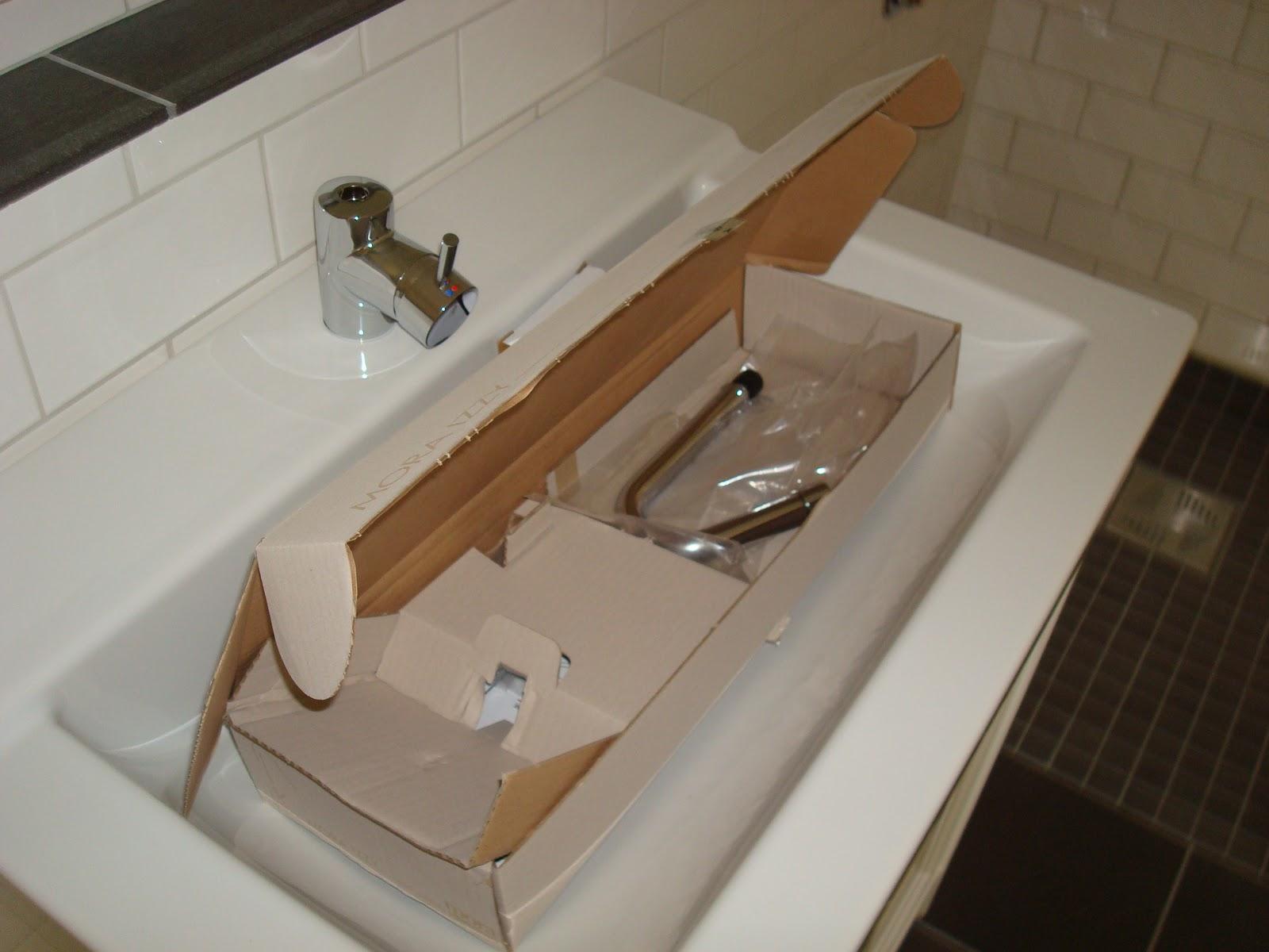 Villa rut: tvättställ med blandare