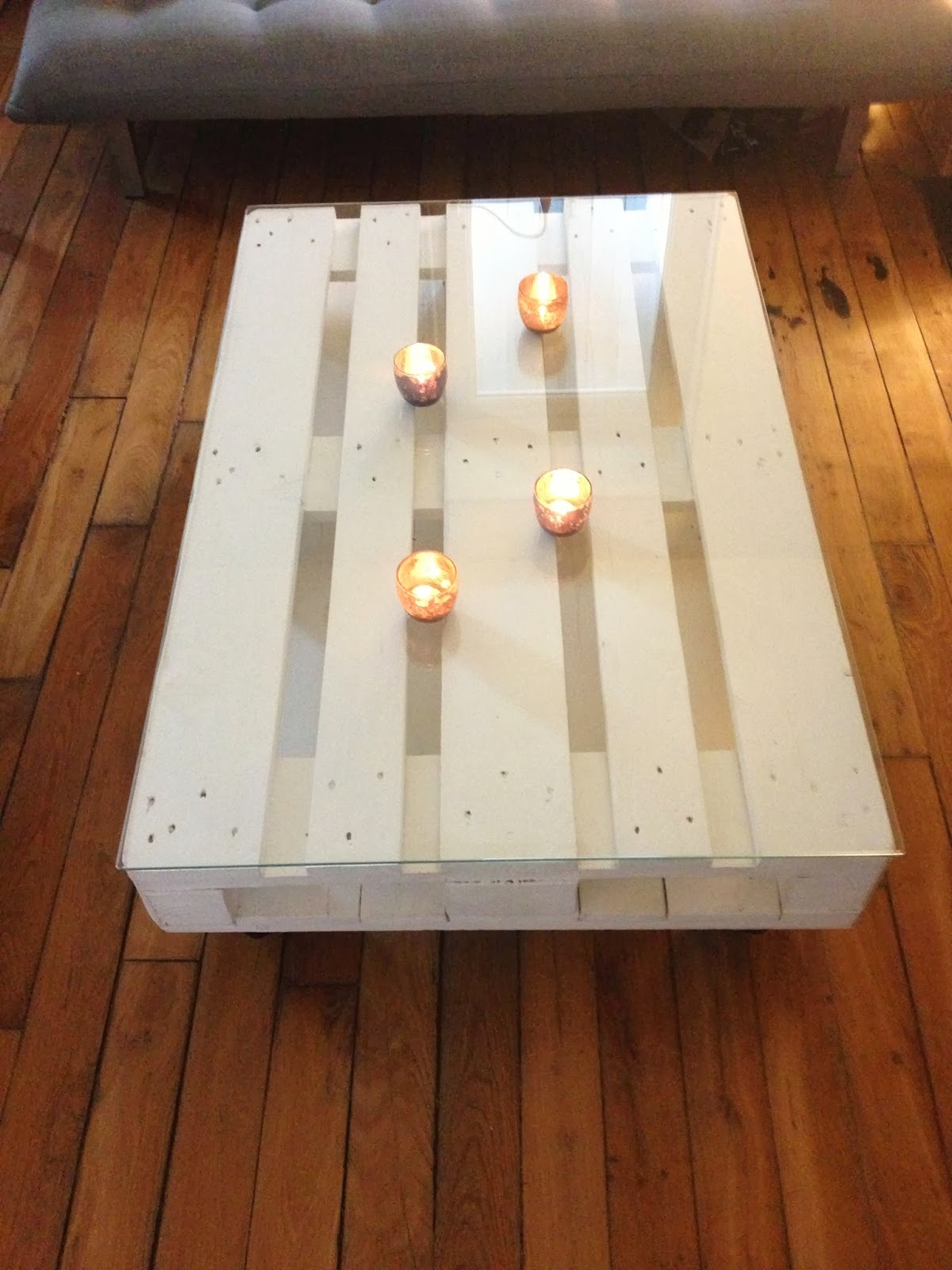la clamartoise diy une table basse en palette. Black Bedroom Furniture Sets. Home Design Ideas