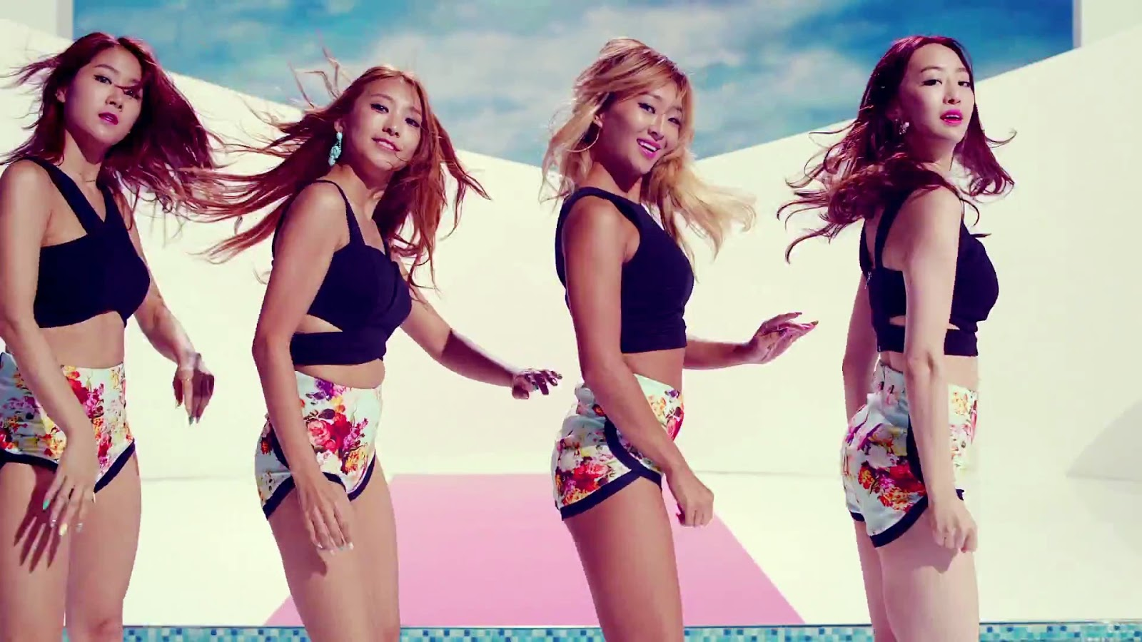 SISTAR Touch My Body Wallpaper HD