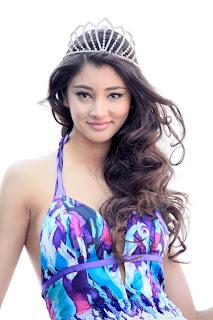 Miss Albania World 2011 Isi Topciu Ulaj
