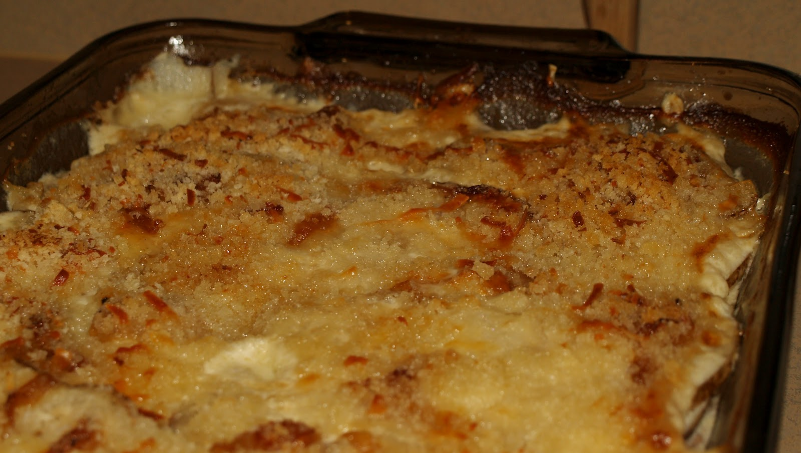 Eat, Create, Love: Potatoes Au Gratin with Gruyere and Caramelized ...