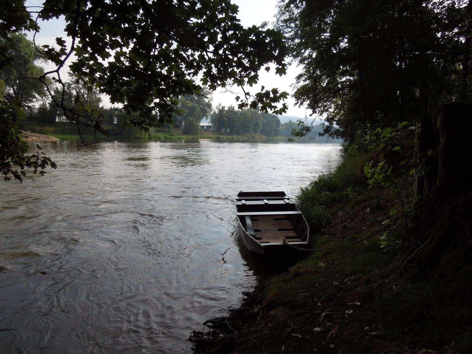 Na řece