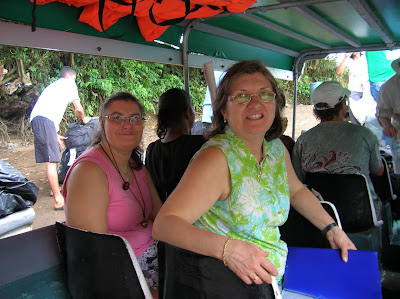 Barca trayecto a Tortuguero, Costa Rica, vuelta al mundo, round the world, La vuelta al mundo de Asun y Ricardo, mundoporlibre.com