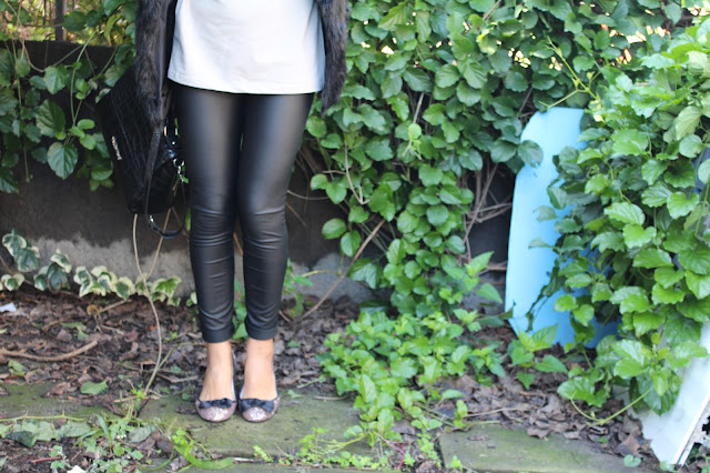 faux fur, outfit leggins ecopelle