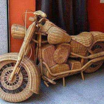 Art of the Day! MotorCycle made of Raffia