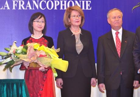 Nữ PGS trẻ nhất Việt Nam được vinh danh