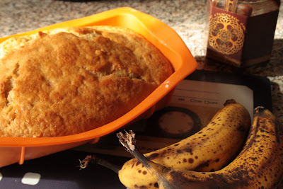 eggless banana loaf @owlprintpanda.blogspot.co.uk