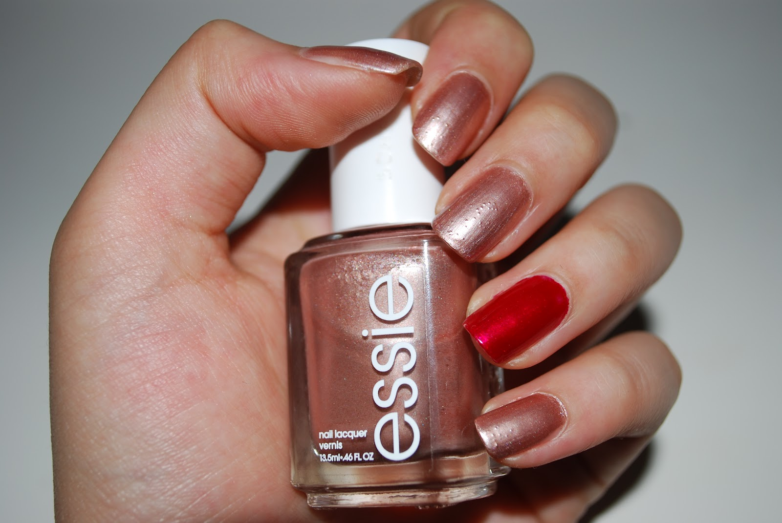Essie Nail Polish Buy Me A Cameo - Absolute cycle