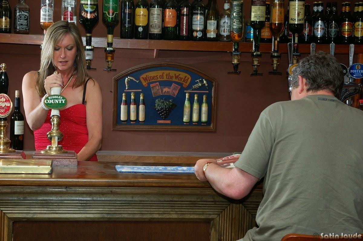 Milf bar porn