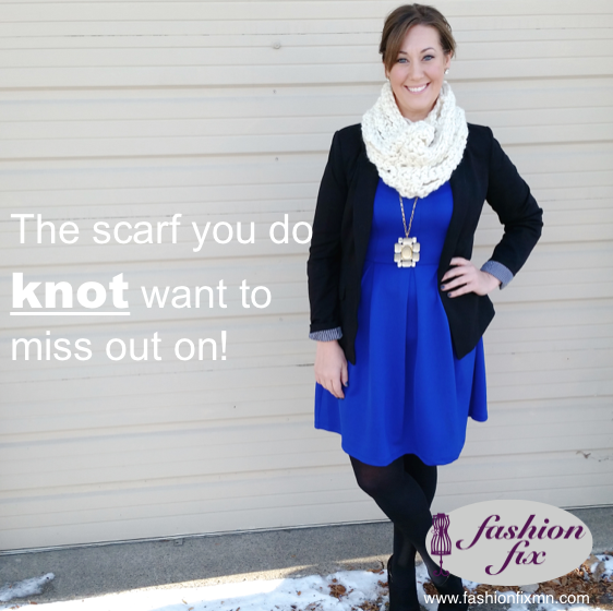 http://lifeinfashionwithlindaisy.blogspot.com/2014/12/the-scarf-you-do-knot-want-to-miss.html