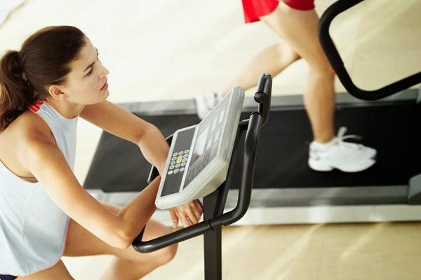 Exercícios eficazes que o peso perdido de estômago
