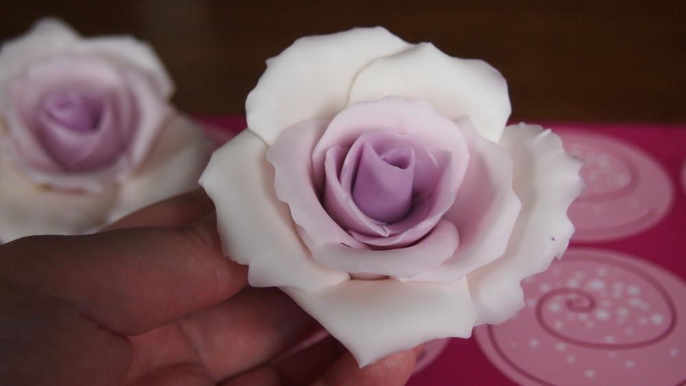 Teko-ohje: liukuvärjätty ruusu