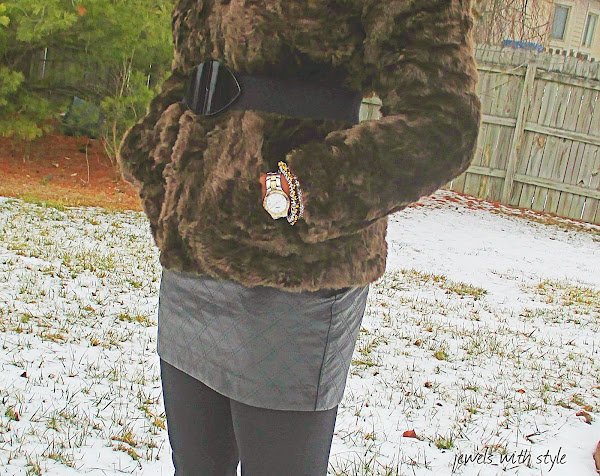 jewels with style, h&m fur coat, leather skirt, black fashion blogger,  wearing brown & black