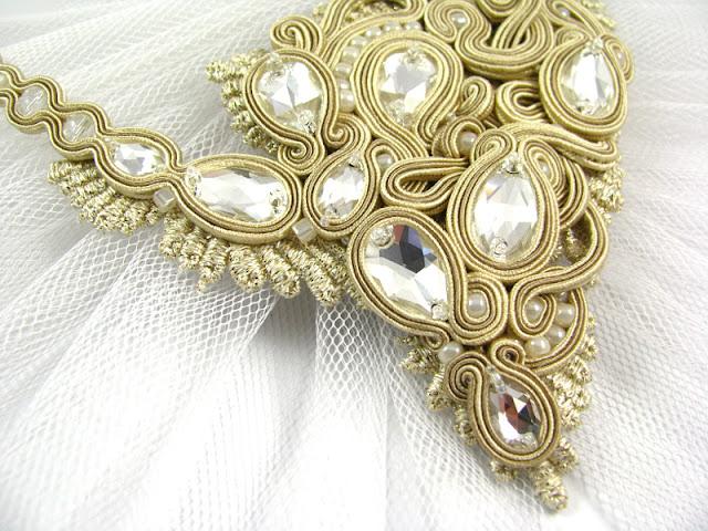Kryształy Swarovski i sutasz - naszyjnik