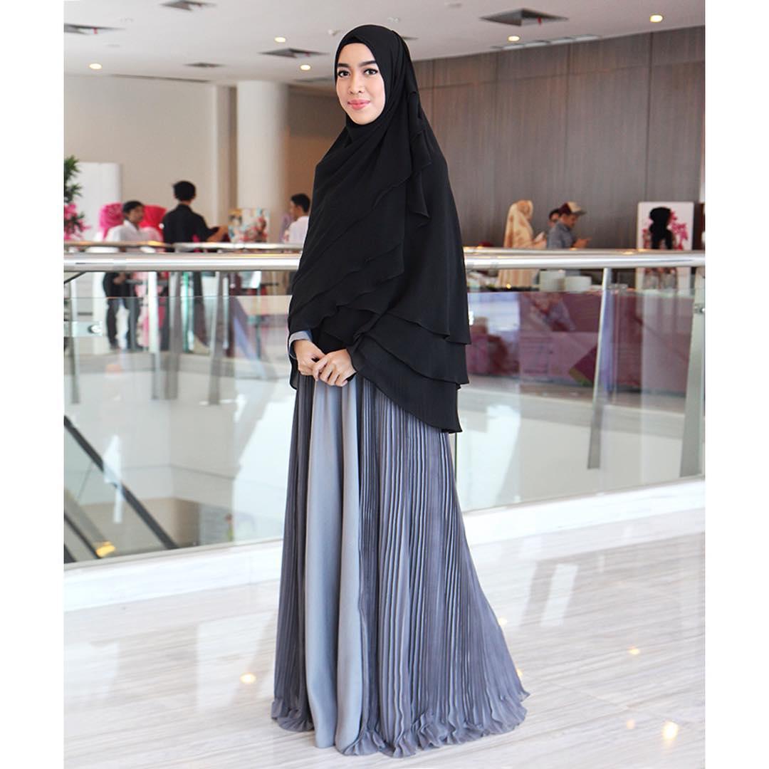 10 Hijab Fashion Blogger Indonesia Cakep Dan Sukses