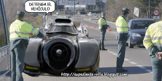 batman detenido coche