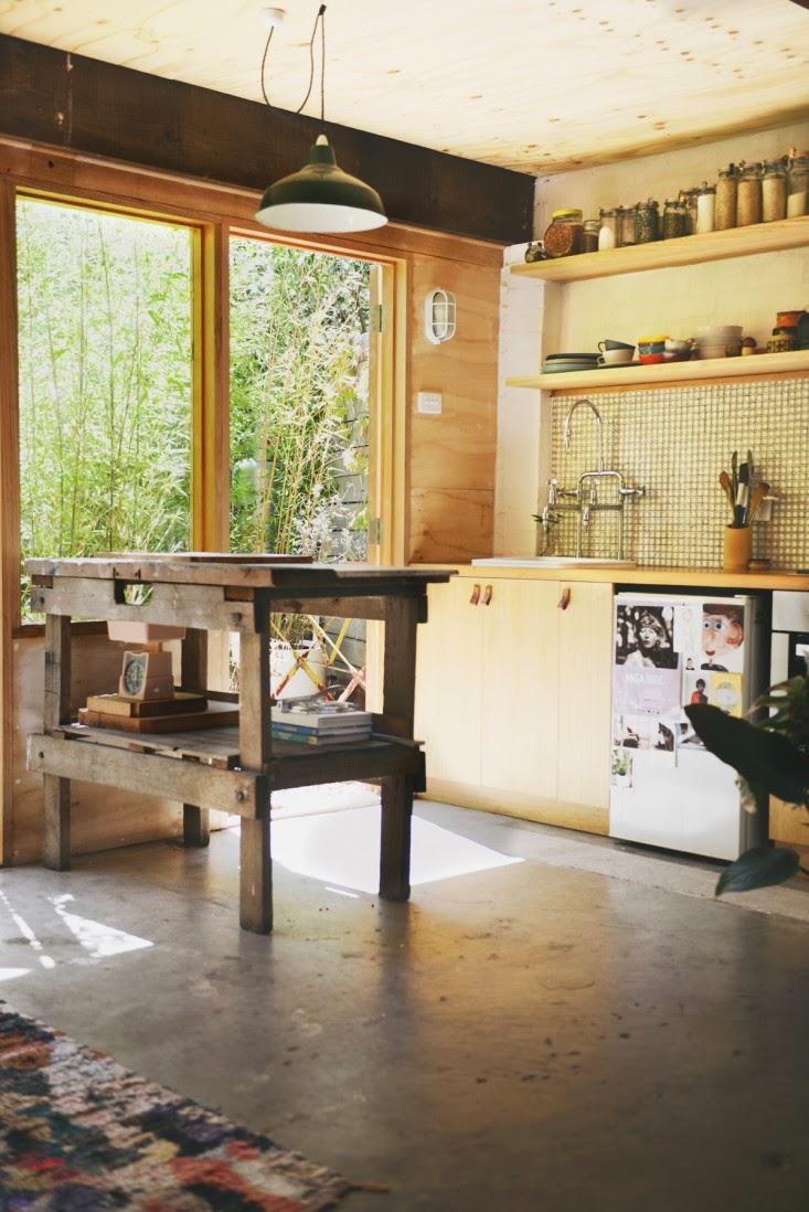 Ma maison au naturel un garage transform en studio for Transformer garage en studio