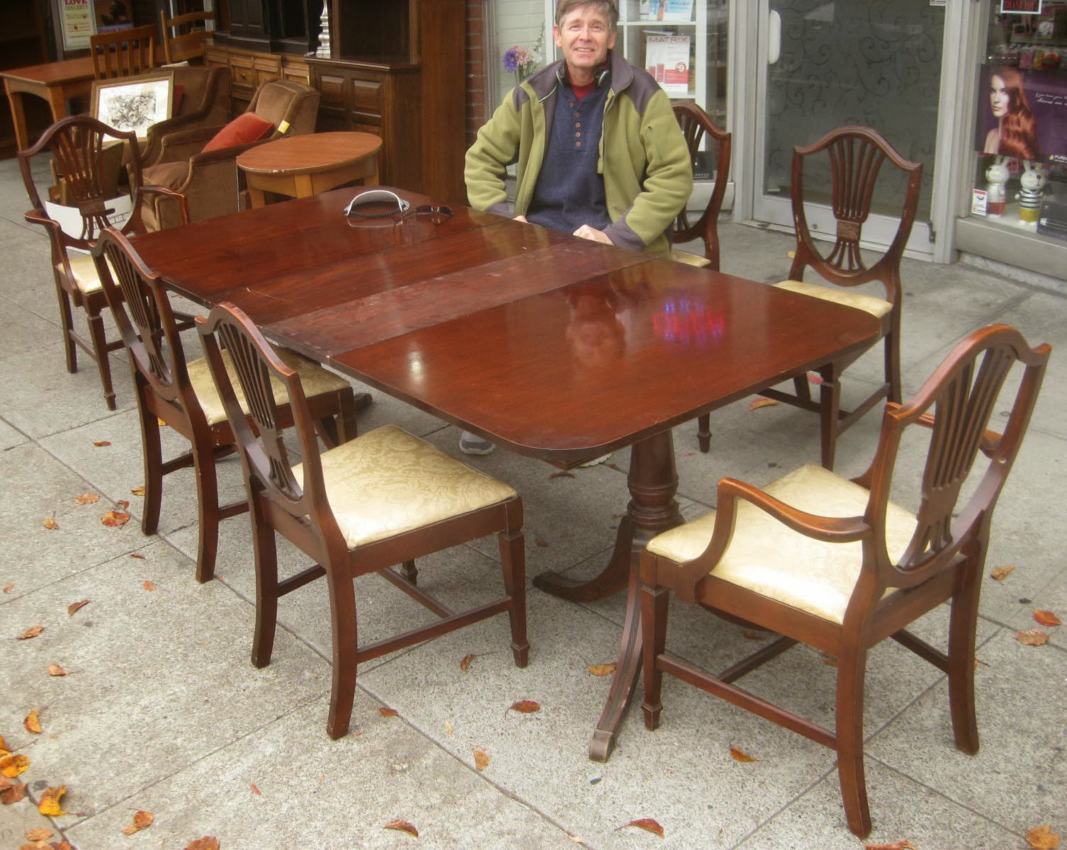 Uhuru furniture collectibles sold duncan phyfe dining for Duncan 5 dining room table