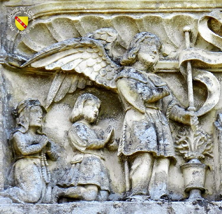 BALLEVILLE (88) - Retable (XVIe siècle) - Annonciation