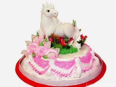 Hình ảnh bánh sinh nhật hình con ngựa