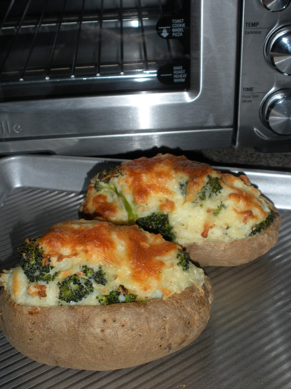 ... Kitchen Creations: Broccoli & Pepper Jack Potatoes...Twice Baked
