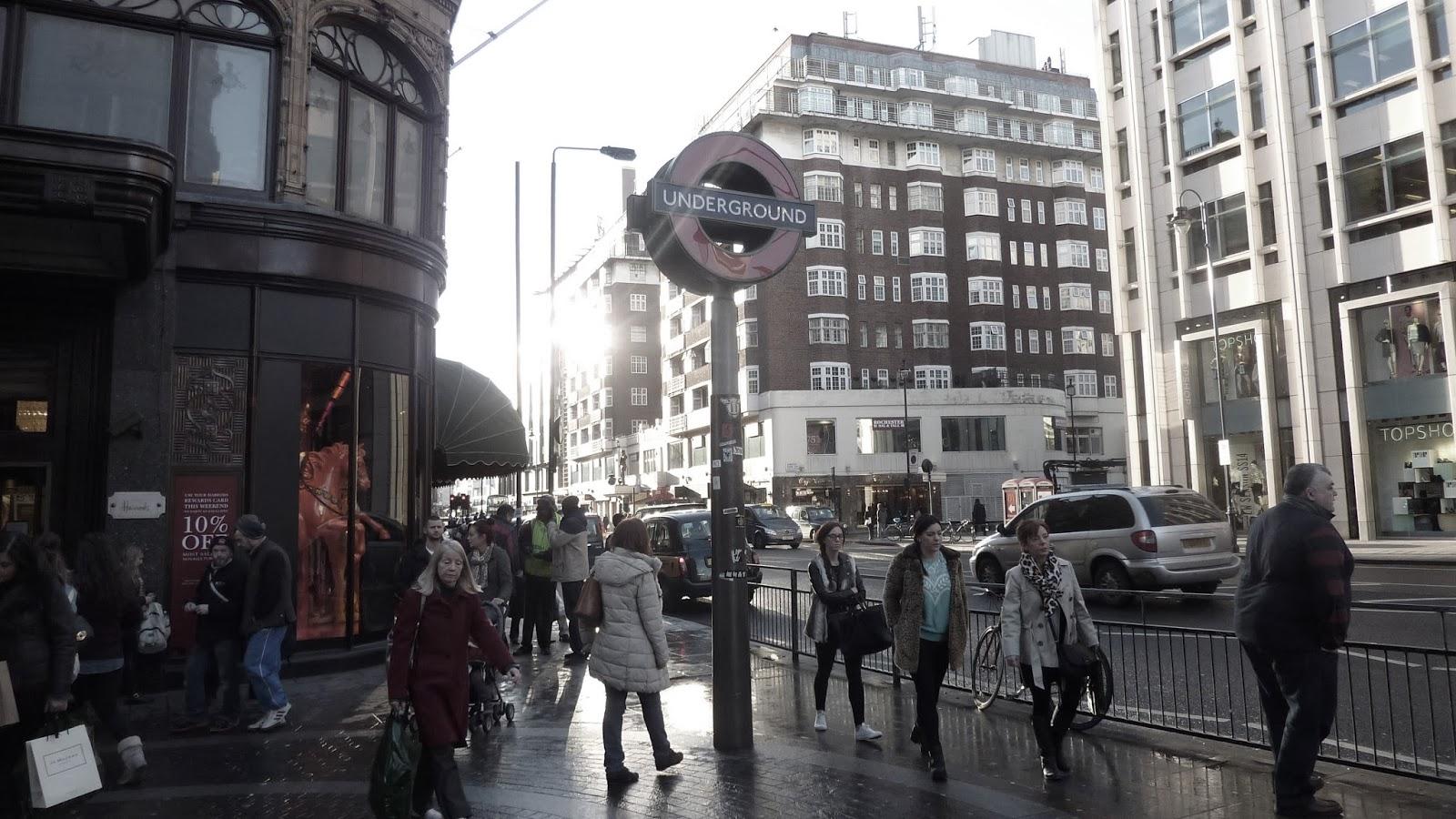 London Underground Knightsbridge