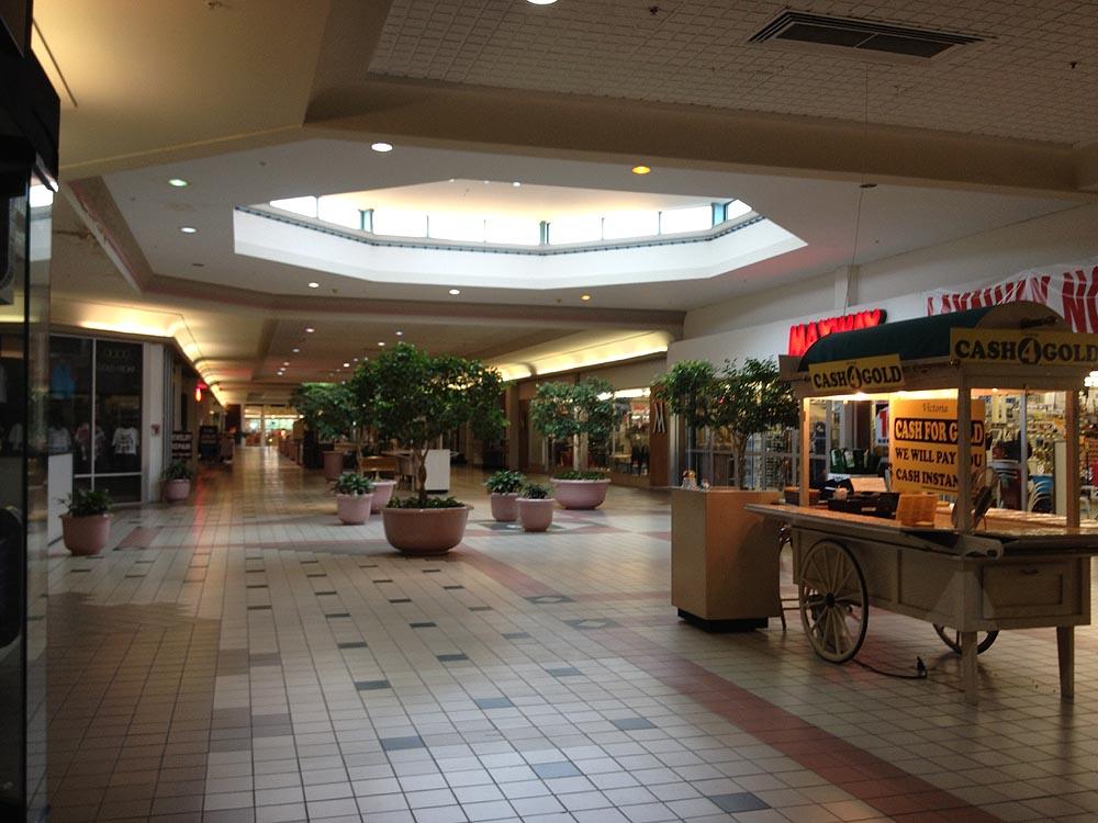 Sky City: Retail History: Fairfield Commons Mall/Eastgate Mall: Richmond, VA