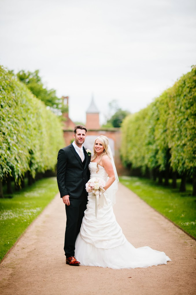 Gemma and Ian's gorgeous Combermere Abbey wedding by STUDIO 1208