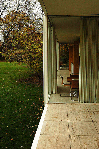 Architecture as Aesthetics: The Farnsworth House / Mies van der Rohe
