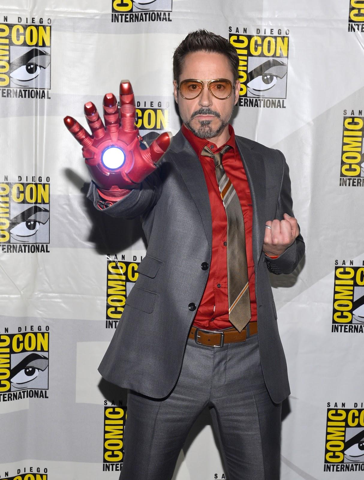 http://4.bp.blogspot.com/-UcCEDQcsdi8/UMa3n34IiWI/AAAAAAAAAHQ/qL-QPu7m2dA/s1600/148278859PB00039_Comic_Con_.jpg