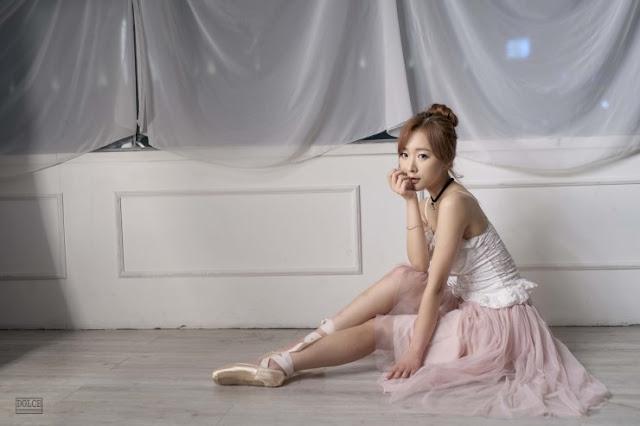 4 Minah - Three Studio Sets - very cute asian girl-girlcute4u.blogspot.com